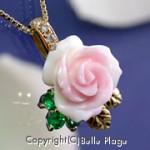 誕生石を使ったバラの花のペンダント:N-034
